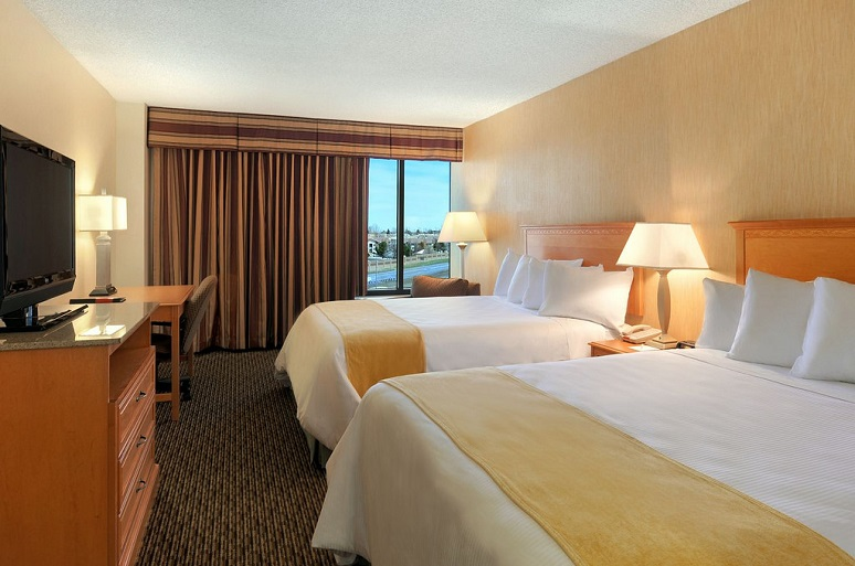 staying-in-hotels